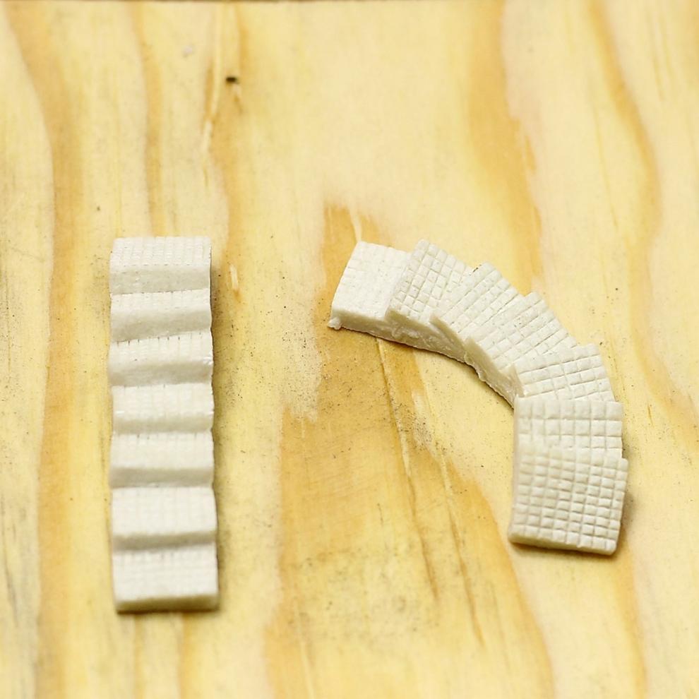 Minyatür Köprü Figürü