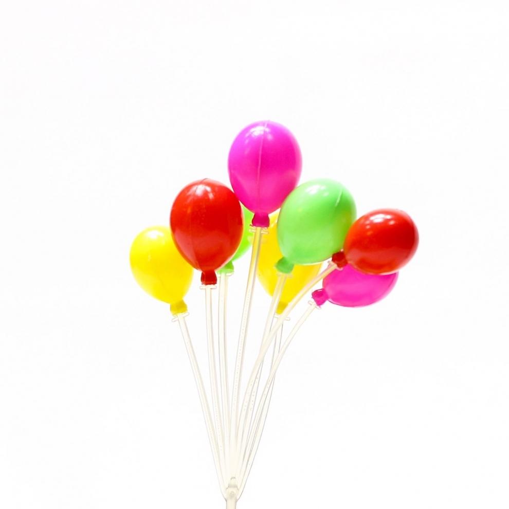 Teraryum Renkli Balon Objesi